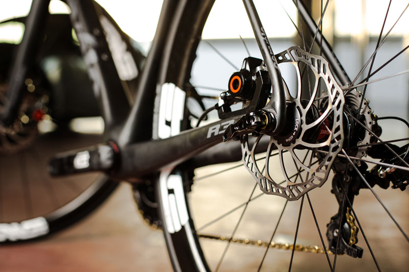 How Do Disc Brakes Enhance Road Bikes?