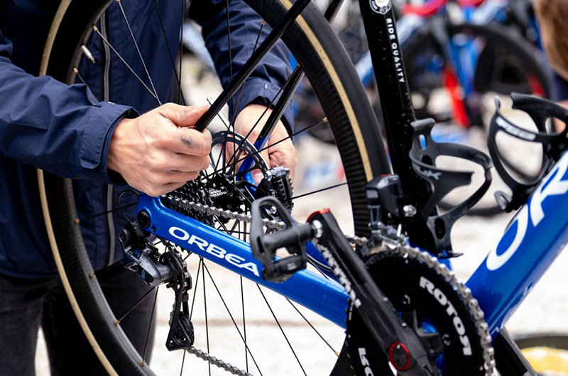 Grease and lubricant: where each should be used on your bike
